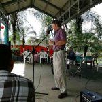 2016-121116-me-preaching